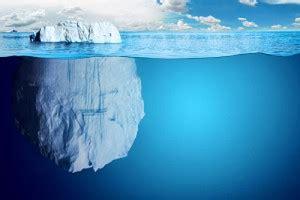 Le travail, partie cachée de l'iceberg